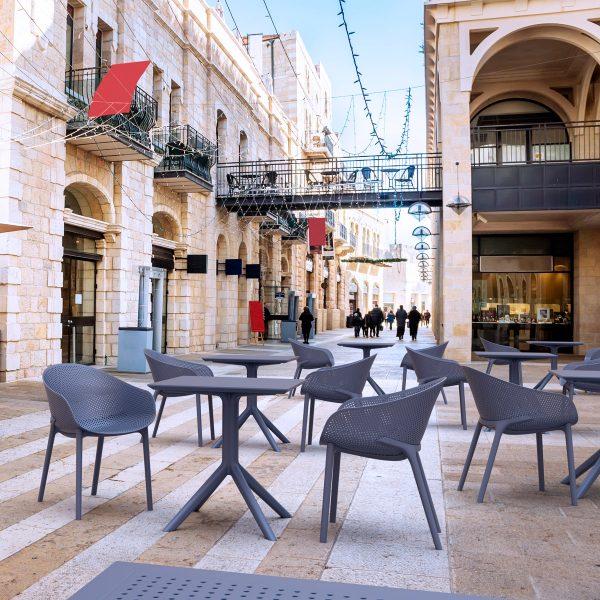 Mobiliario de exterior para cafetería
