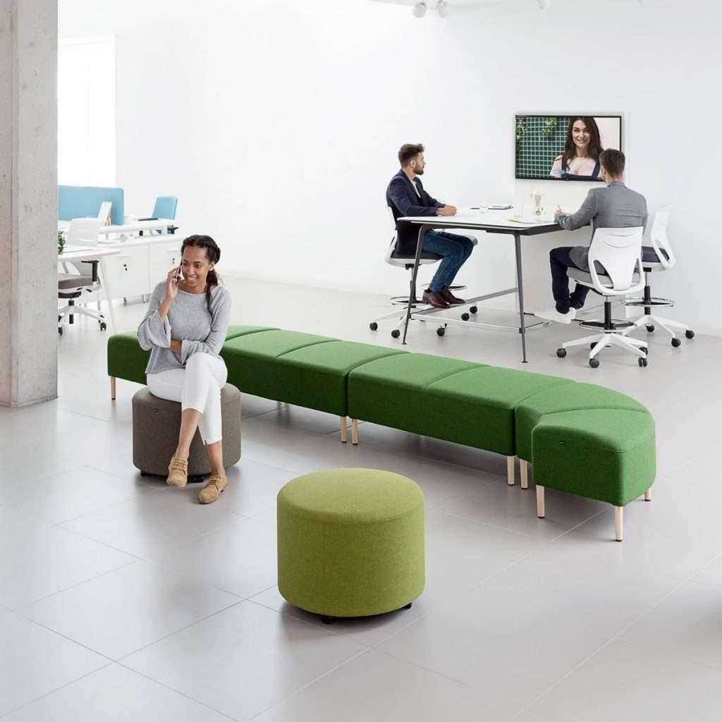 Mobiliario para espacios de socialización